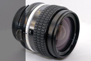 Nikon AI-S 28mm 2,8
