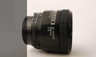 Nikon AF 85mm 1,8
